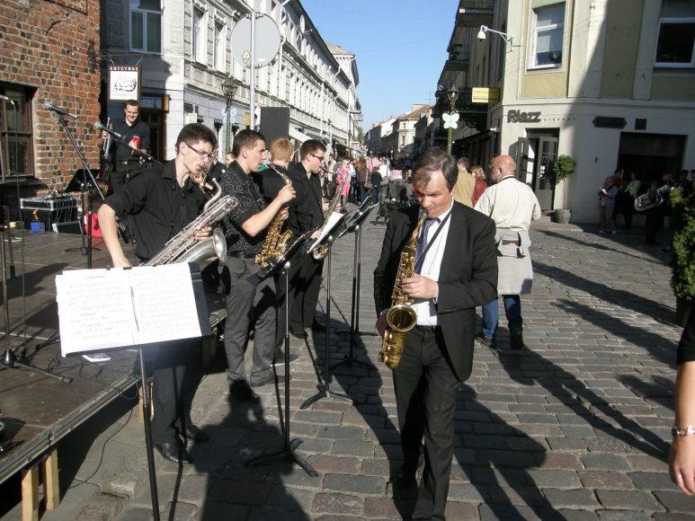 Kauno gatvėse skambėjo džiazas