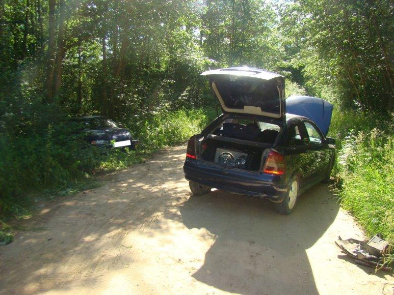 "Prienų rajone susidūrė ""Opel Astra"" ir ""Mitsubishi Colt"""