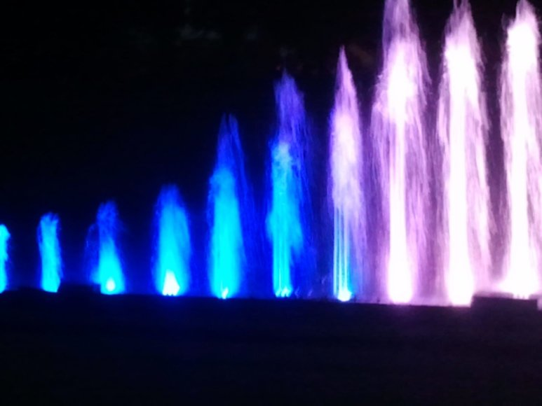 Spalvingiausias Jūros šventės renginys - naktinių fontanų šokis