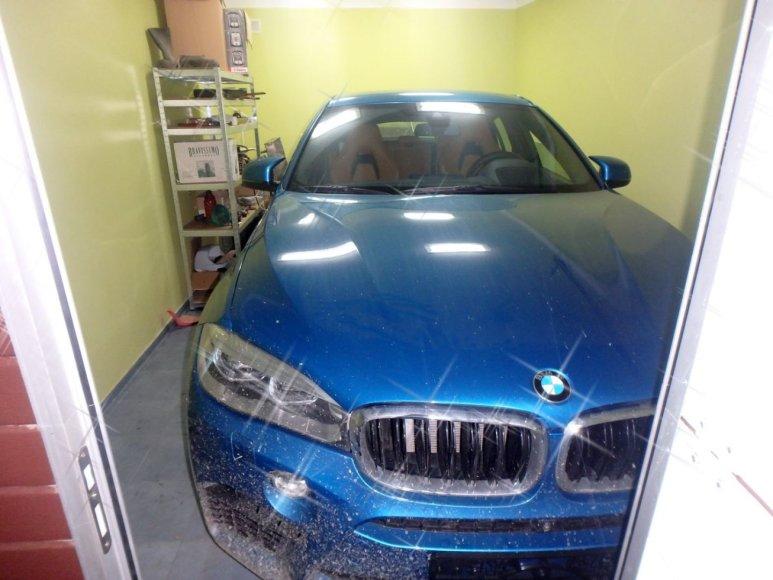 Įtariama nusikalstamu būdų įsigytas BMW