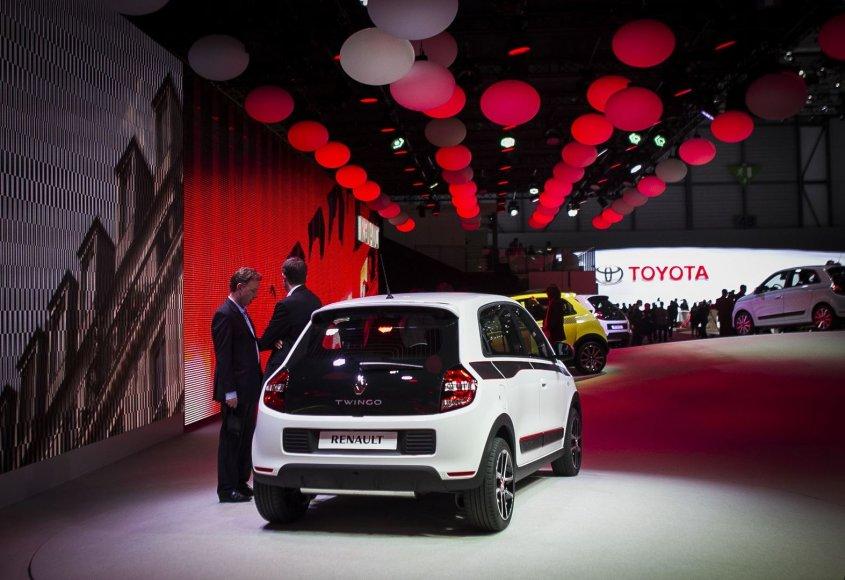 """Variklį gale turintis """"Renault Twingo"""""""