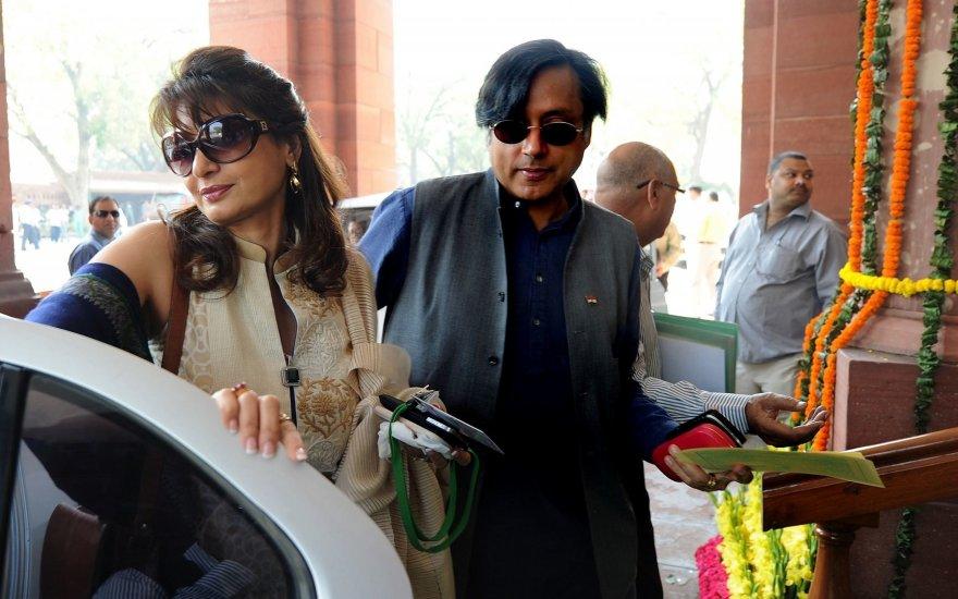 Shashi Tharoor ir Sunanda Pushkar