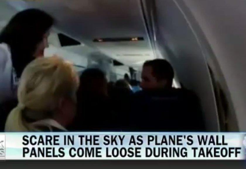 Lėktuvo viduje