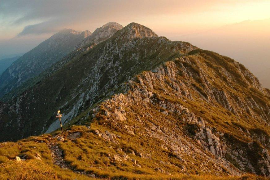 Piatra Krajulujo kalnai