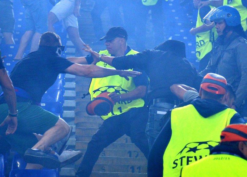 Maskvos CSKA sirgaliai Romoje sukėlė riaušes