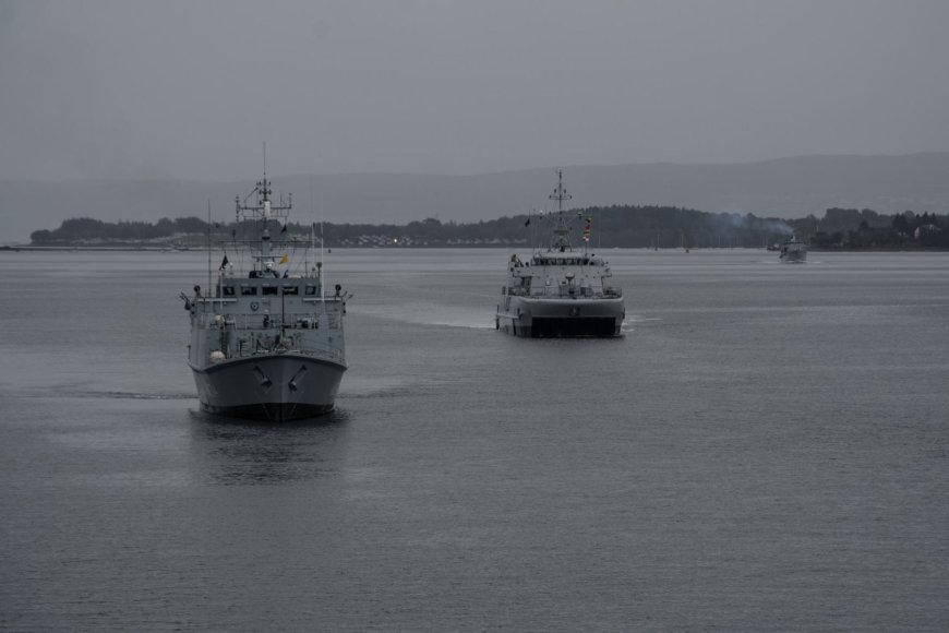 Lietuvos karininko vadovaujamas NATO laivų junginys lankosi Jungtinėje Karalystėje