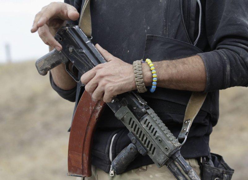 Ginklas Ukrainos kario rankose