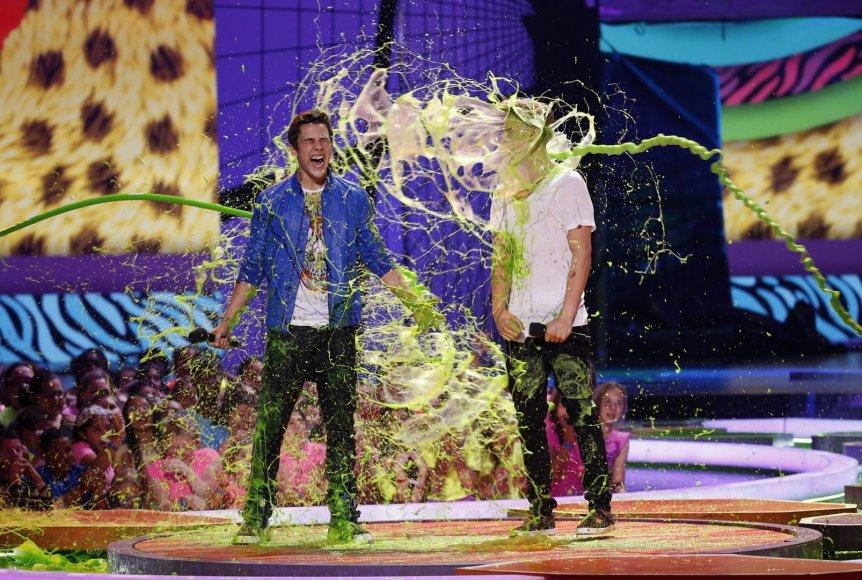 Austinas Mahone'as ir Cody Simpsonas