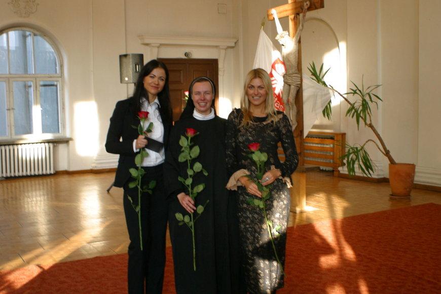 Aistė Pilvelytė (kairėje) ir Eglė Jackaitė