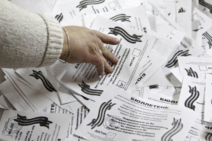 """Neteisėtas """"referendumas"""" rytų Ukrainoje"""
