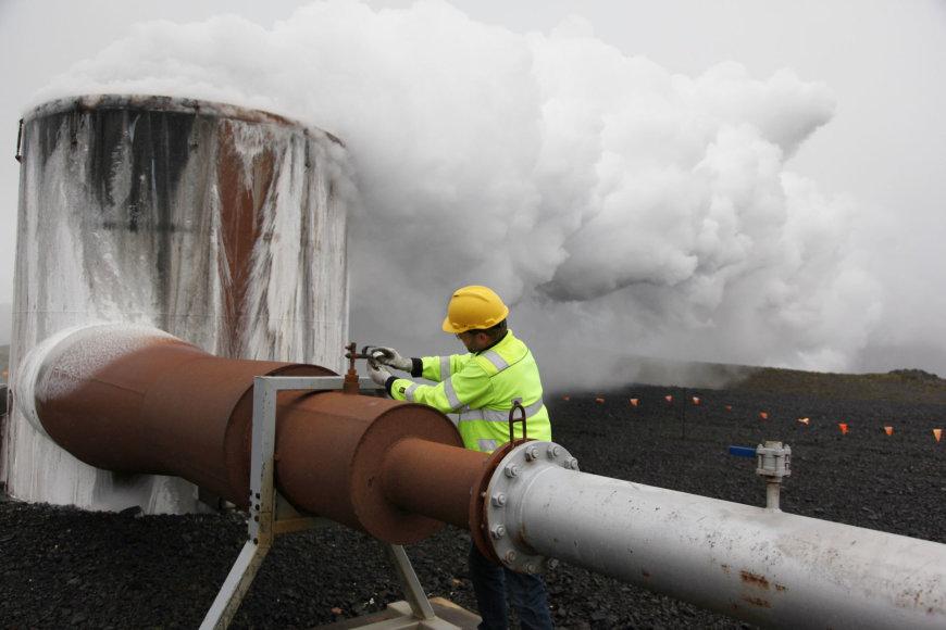 Geoterminė jėgainė Islandijoje
