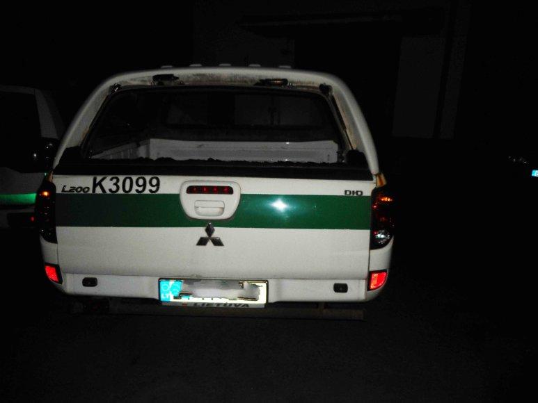 Šventės Šiluose metu apgadintas policijos automobilis