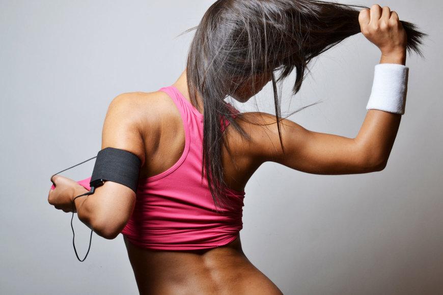 Sportuojanti mergina