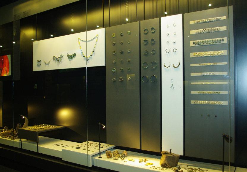 Kernavės muziejuje eksponuojama juvelyrika