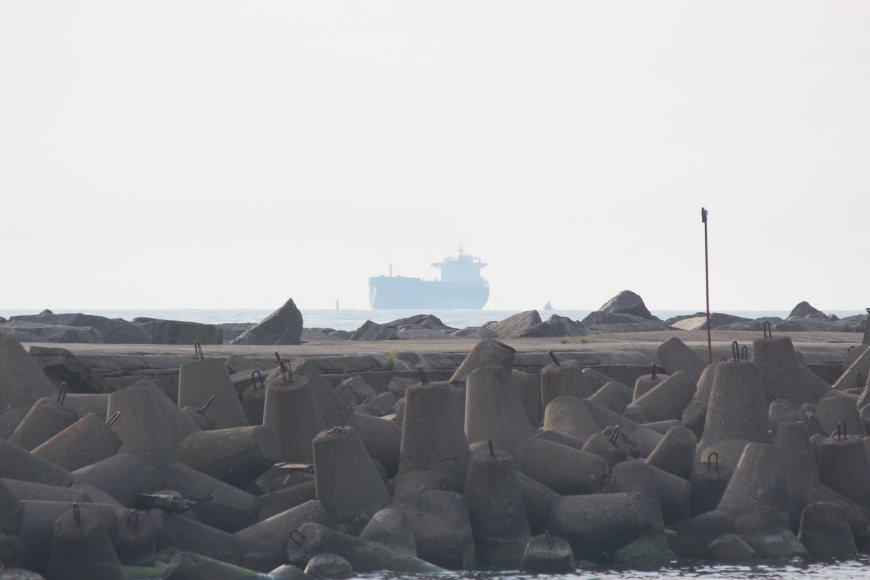 """Laivu  """"Piera"""" į Iraką iškeliaus 74 tūkst. tonų lietuviškų grūdų"""