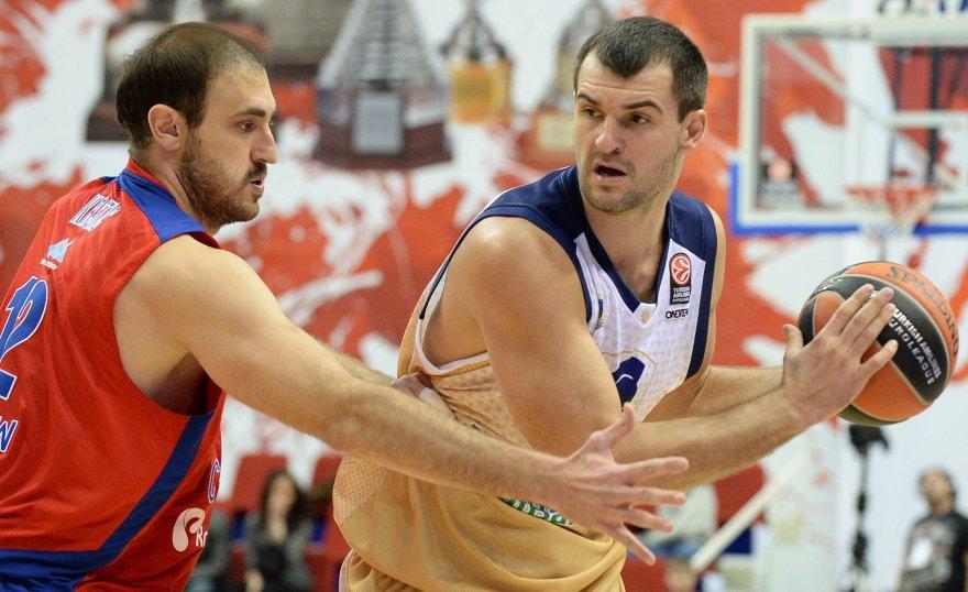 Nenadas Krstičius ir Michailas Anisimovas