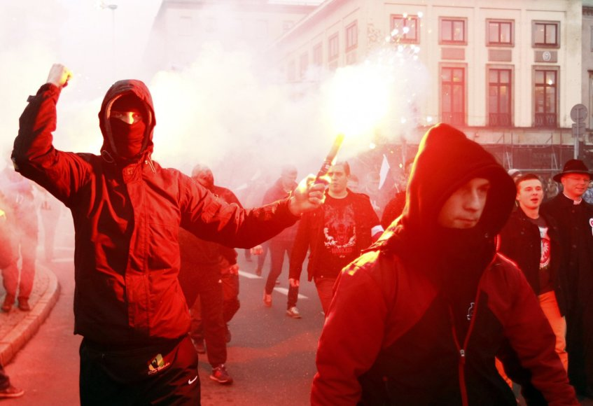 Lenkijos nacionalistų žygis Varšuvos gatvėmis