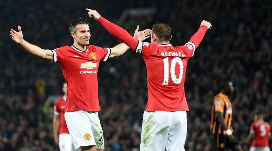 Robinas van Persie ir Wayne'as Rooney