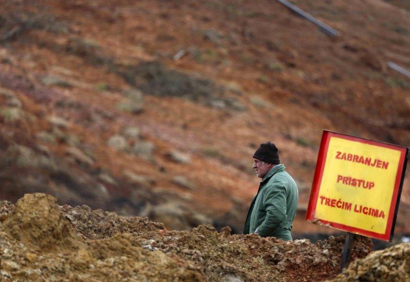 Žemės nuošliauža Bosnijos anglies kasykloje
