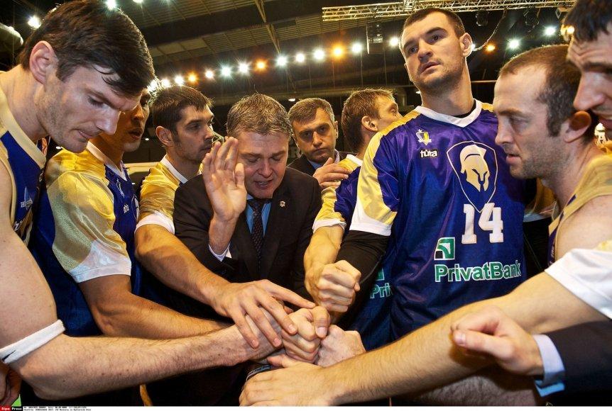 """Kijevo """"Budivelnyk"""" komanda"""