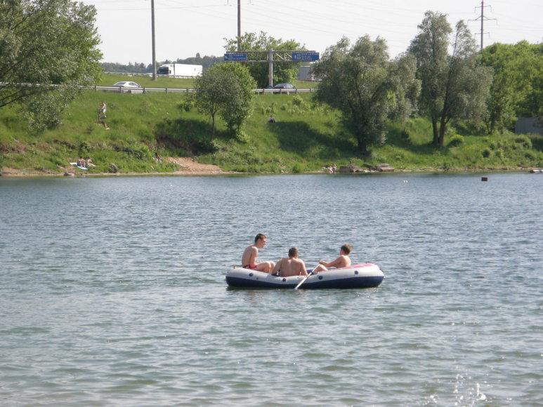 Kaune karštą šeštadienį kauniečiai plūdo į pliažus