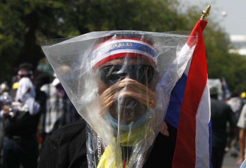 Bankoką krečia nauji protestuotojų ir policijos susirėmimai.
