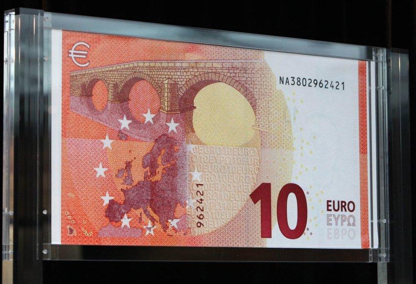 ECB pristatė naujus 10 eurų banknotus su Europės atvaizdu.