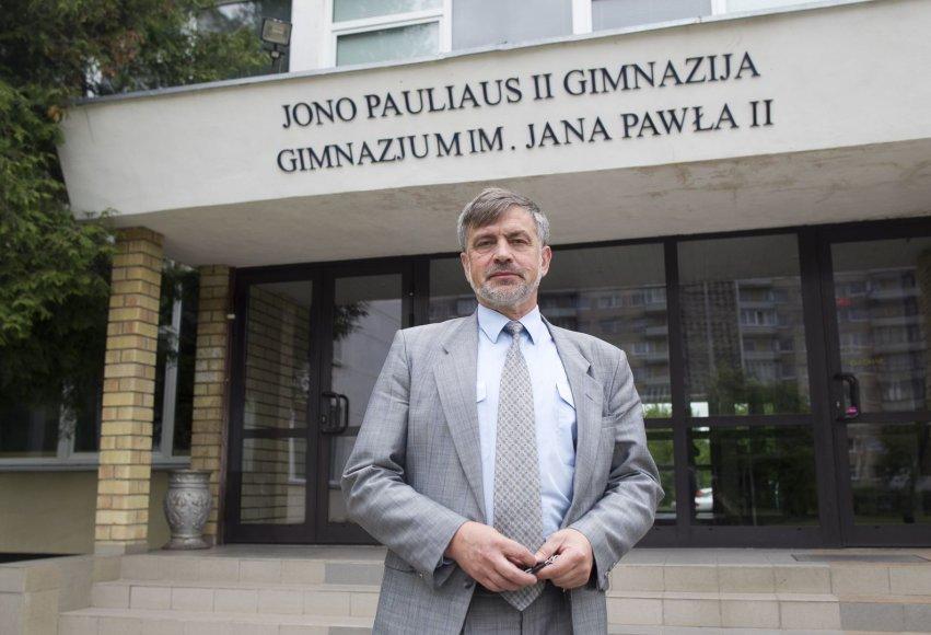 Jono Pauliaus II vidurinės mokyklos direktorius Adamas Blaškevičius