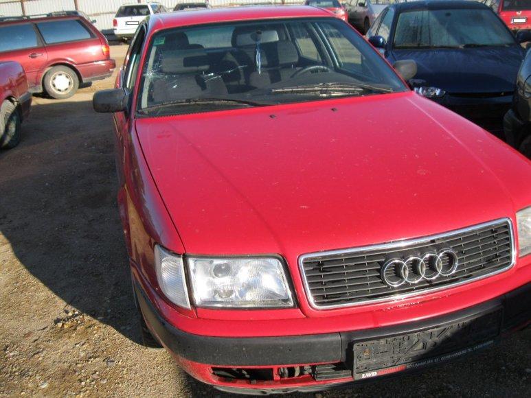 """Su šiuo """"Audi"""" suvažinėtas senolis"""