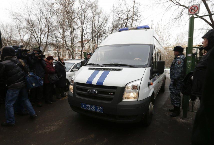 Policija prie mokyklos Rusijoje