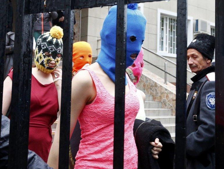 """Pussy Riot"" protestas Sočyje"