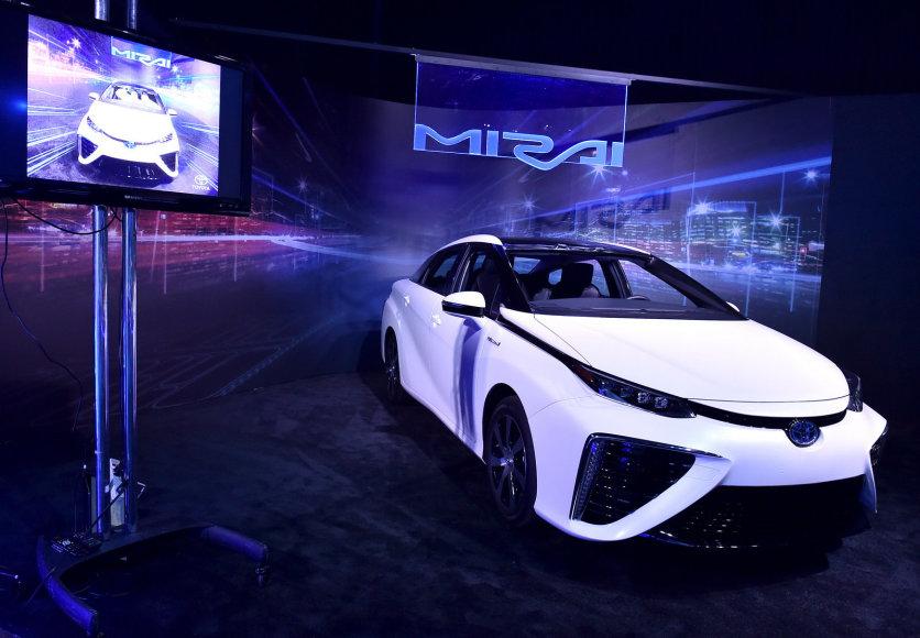 """""""Toyota Mirai"""" pristatymas"""