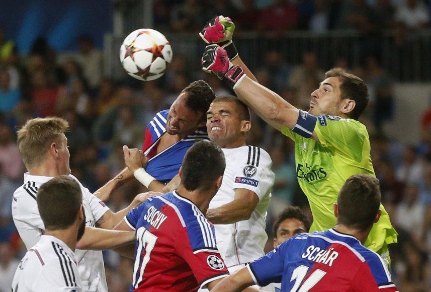 """Real"" komanda sutriuškino ""Basel"""