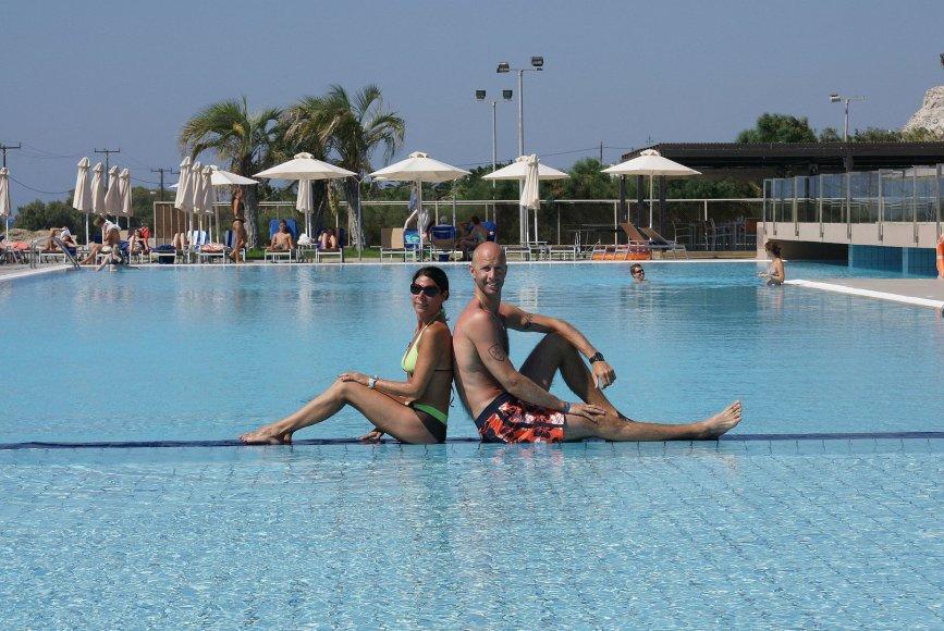 """""""Bikinio porelė"""": Vilma ir Aidas Koso saloje"""