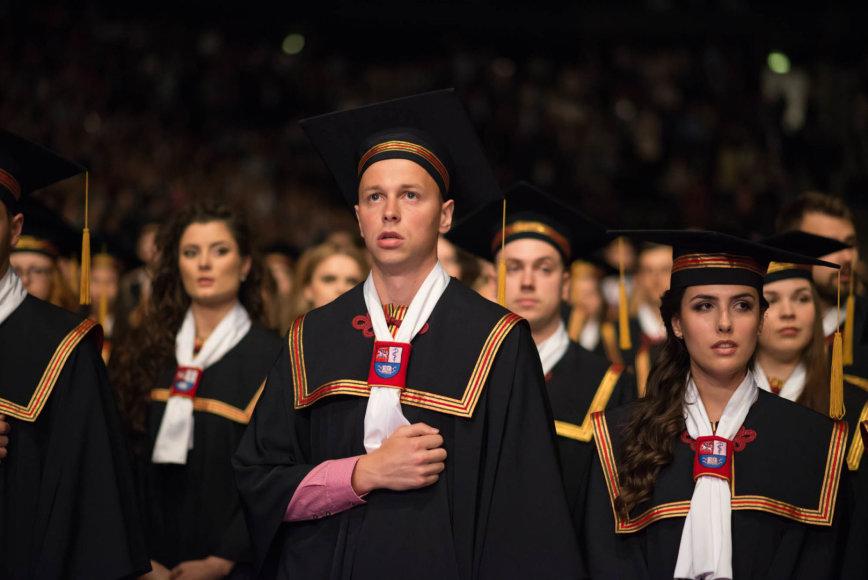 LSMU diplomų įteikimo iškilmės