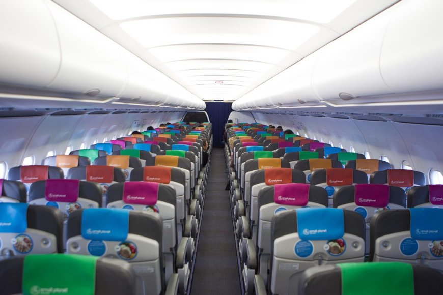 """Small Planet Airlines"" pristatymas"
