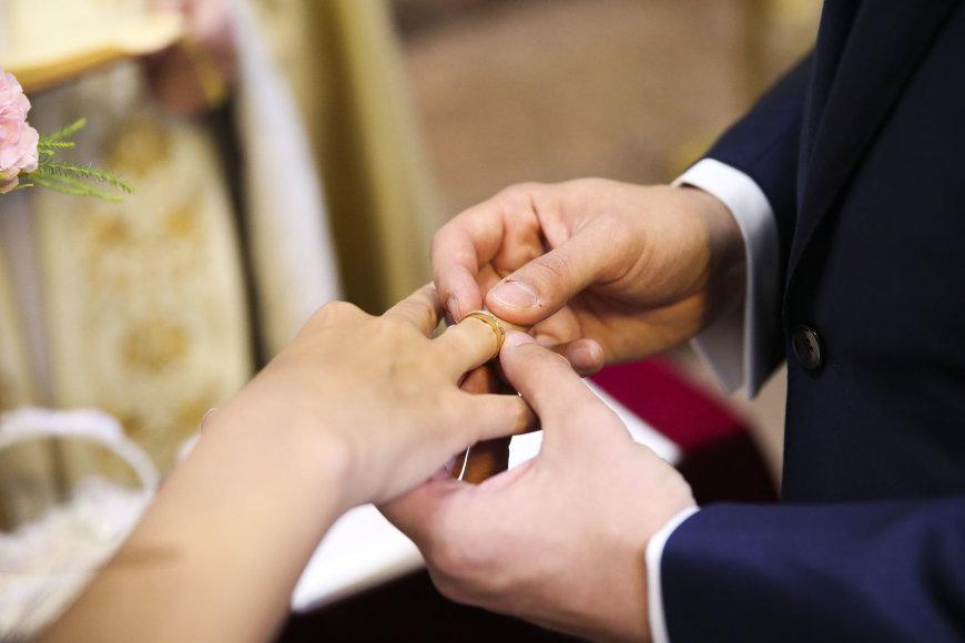 Vestuvių ceremonijos akimirka