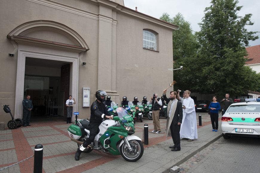 Policijos transporto šventinimas