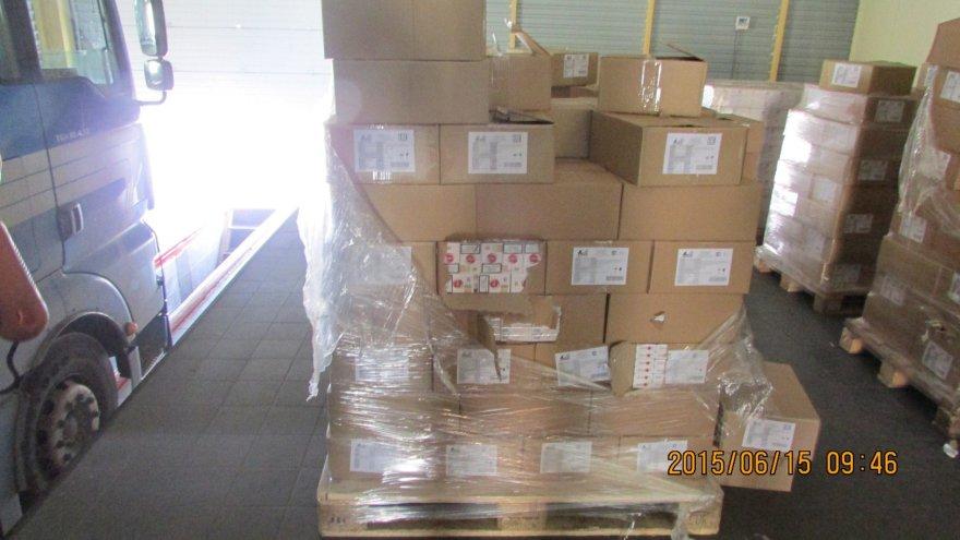 Cigarečių kontrabandą muitininkai aptiko vaflių pakuotėse.