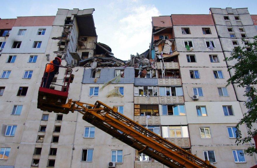 Ukrainoje, daugiabutyje nugriaudėjo galingas sprogimas.
