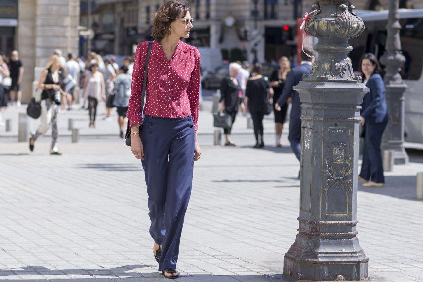 Ines De La Fressange Paryžiaus gatvėje