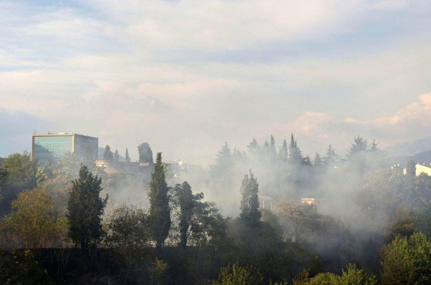 Juodkalnijoje dėl gaisrų evakuoti mažiausiai 100 turistų.