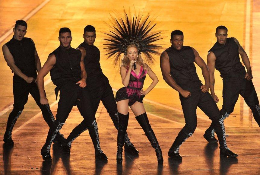 Kylie Minogue Sandraugos žaidynių uždarymo ceremonijoje
