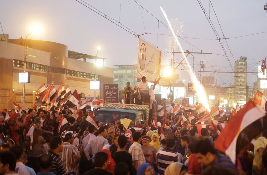 Egipto prezidento šalininkai švenčia Kaire, Tahriro aikštėje