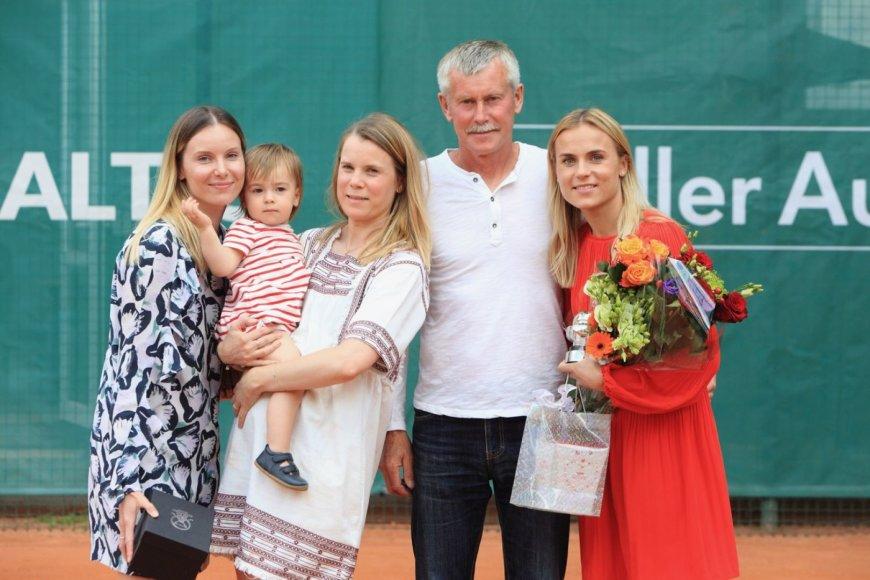Lina Stančiūtė-Gecevičienė su šeima