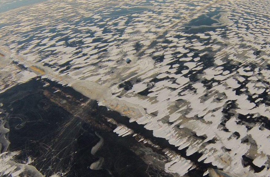 Ledo kelias tarp Šilutės ir Rusnės