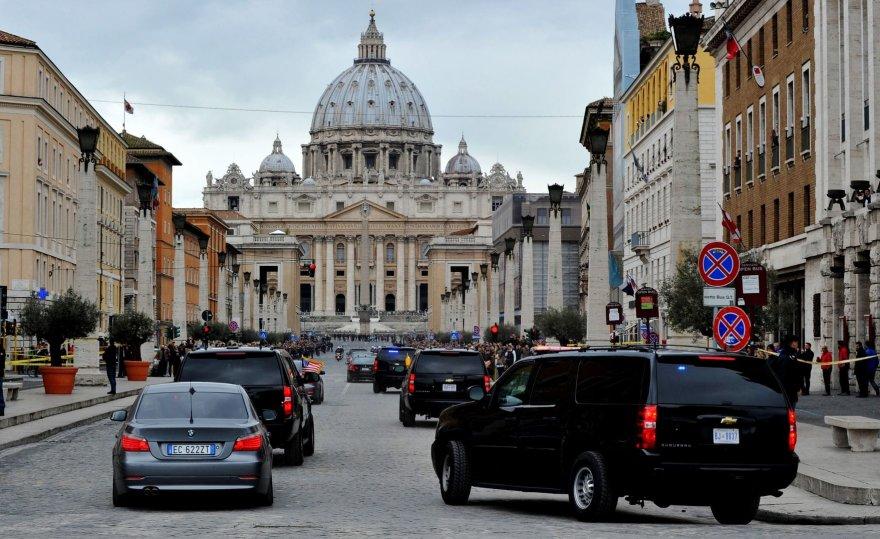JAV prezidento Baracko Obamos konvojus Vatikane