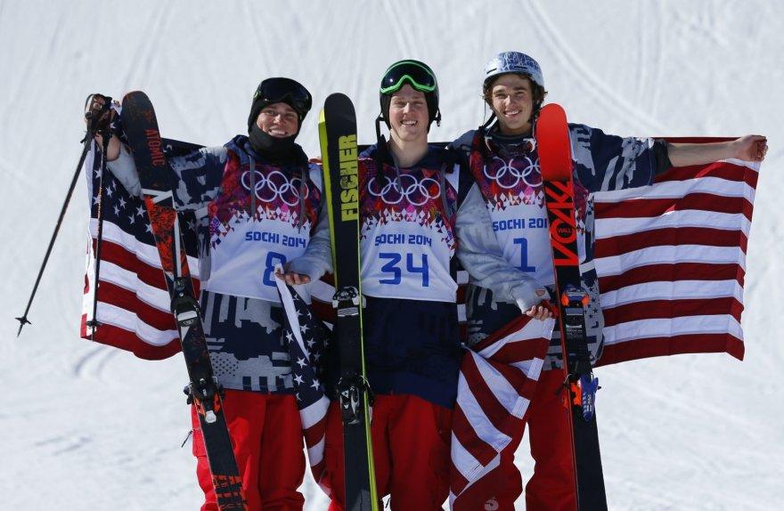 Iš kairės: Gusas Kenworthy, Jossas Christensenas ir Nicholasas Goepperas