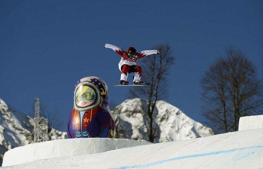 Treniruojasi Kanados snieglentininkė Jenna Blasman