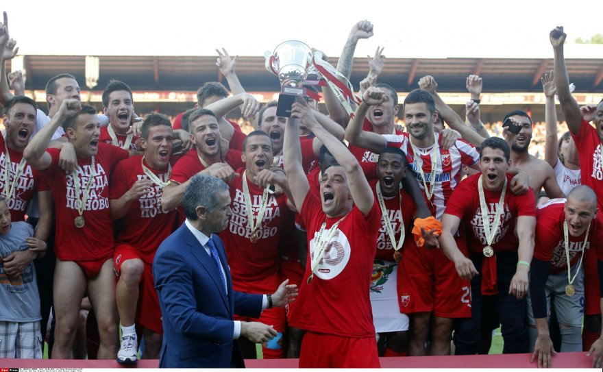 """Crvena Zvezda"" komanda išspirta iš UEFA čempionų lygos"